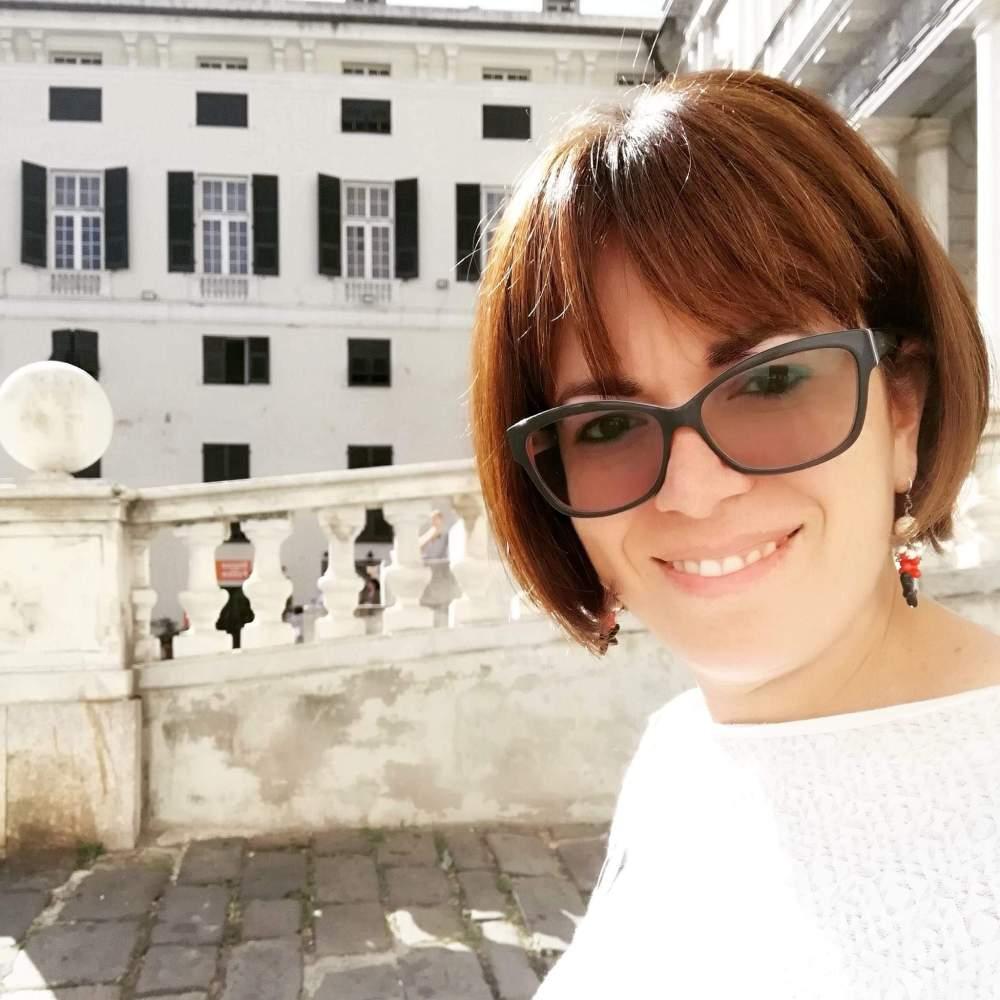 Azzurra Sichera giornalista e autrice intervista