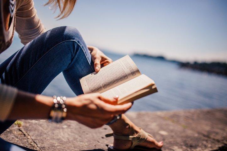 leggere un libro rende più forti valentina valoroso